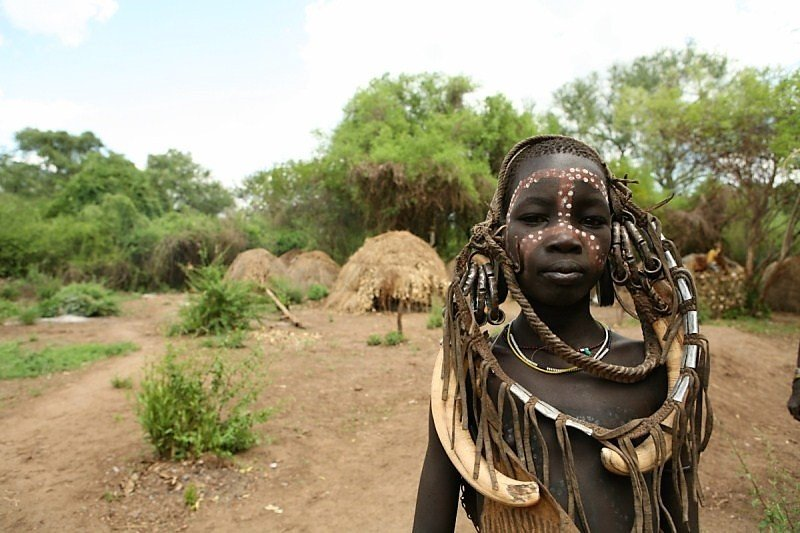 human and east africa item New evidence of early human technological advancements dates to a period in eastern africa when our ancestors faced an unpredictable environment and were evolving into homo sapiens.