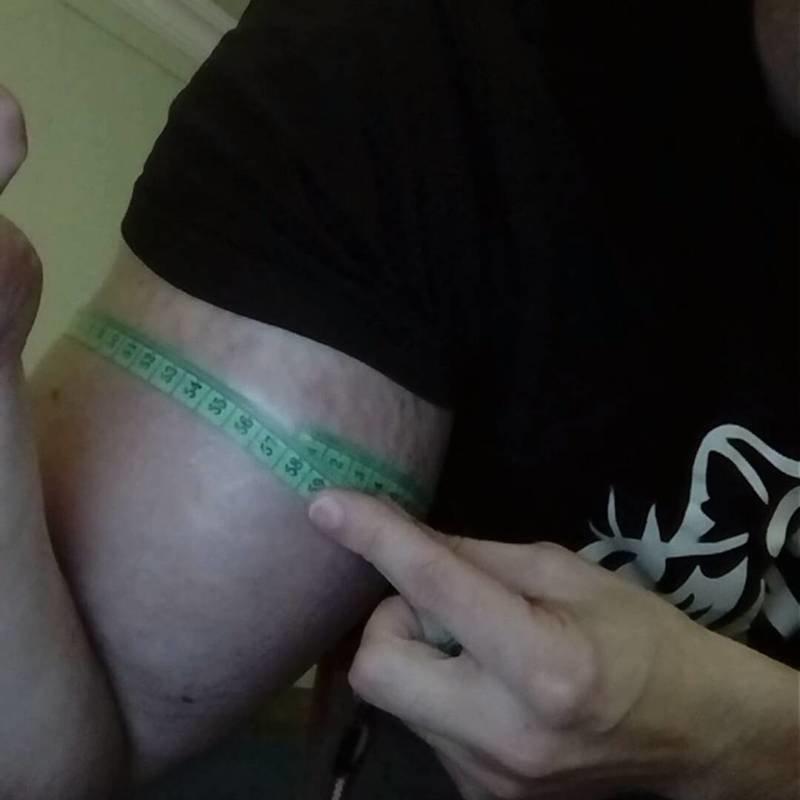 Тело, за которое можно умереть: человек-синтол Кирилл Терешин бицепс, бицепсы, идиот года, инъекции, качок, синтол, синтоловый