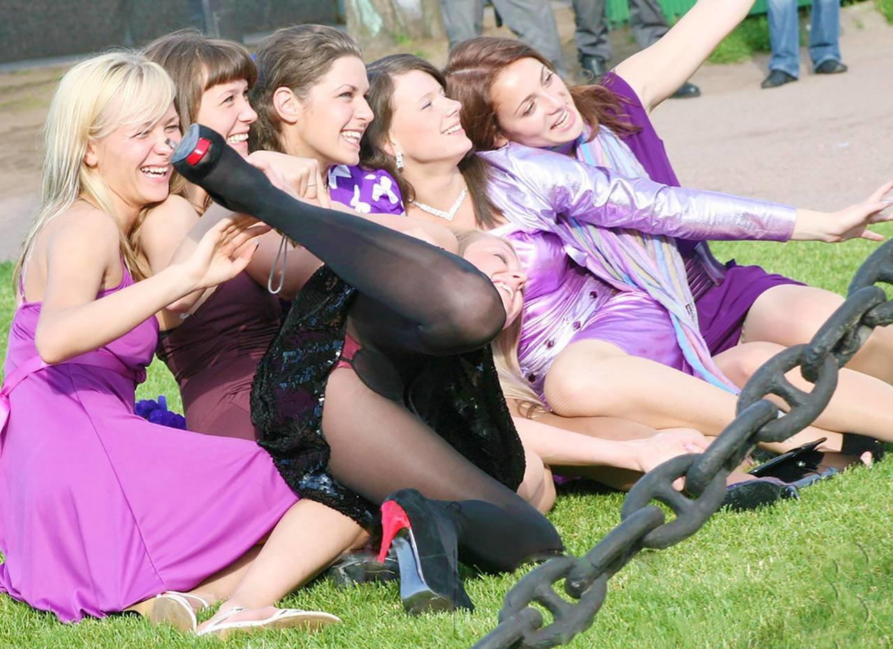 Русские девушки секс вечеринки, Русская секс вечеринка - подборка порно видео 18 фотография