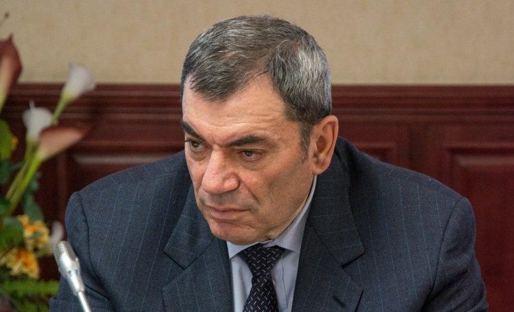3) 30 799 001 руб депутатская зарплата, депутаты, жены депутатов, зарплата политиков