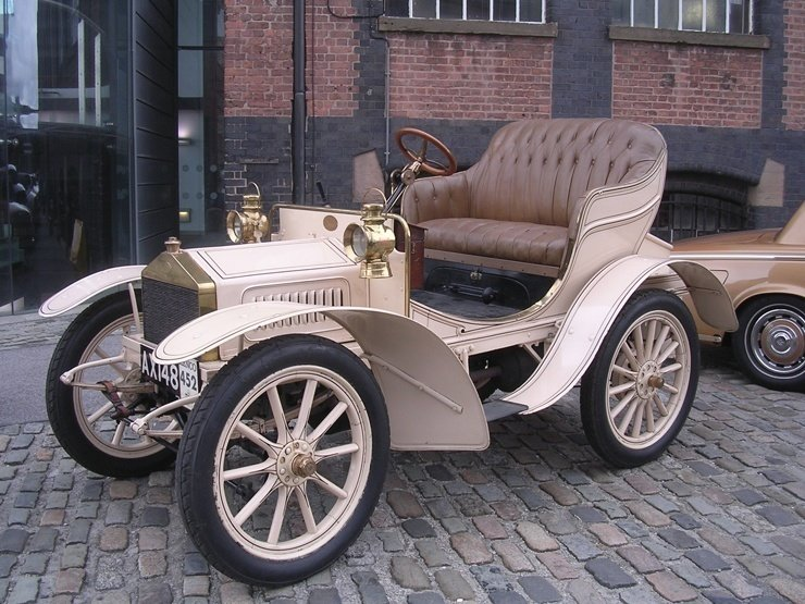 10.Rolls-Royce 10 hp 1904 г.