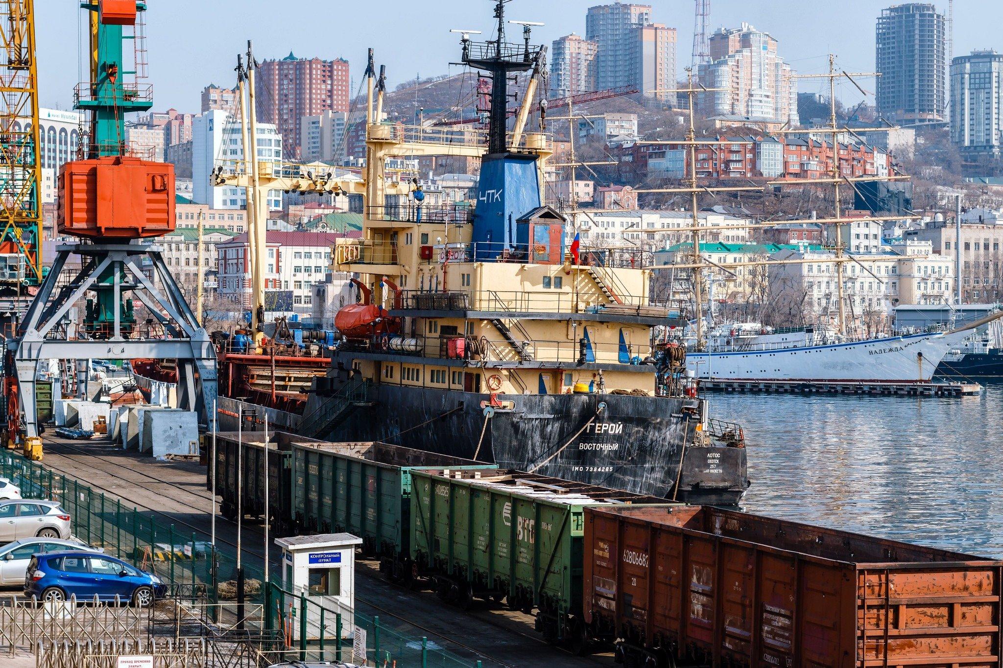 картинки торговых портов врагов
