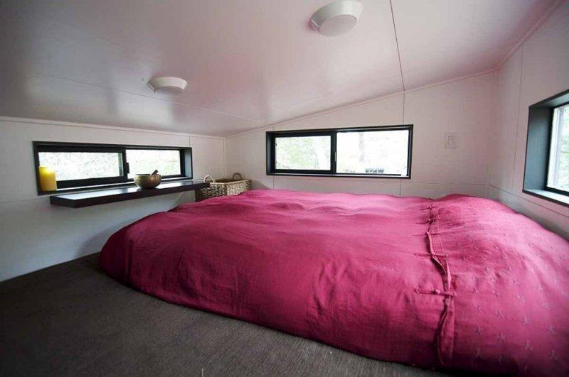 Так выглядит спальня, она же комната отдыха в мире, дом, жизнь, люди, недвижимость, особняк