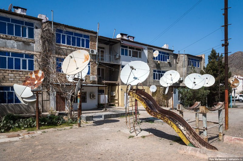 Вот такие дворы Ашхабад, пыль в глаза, туркменистан