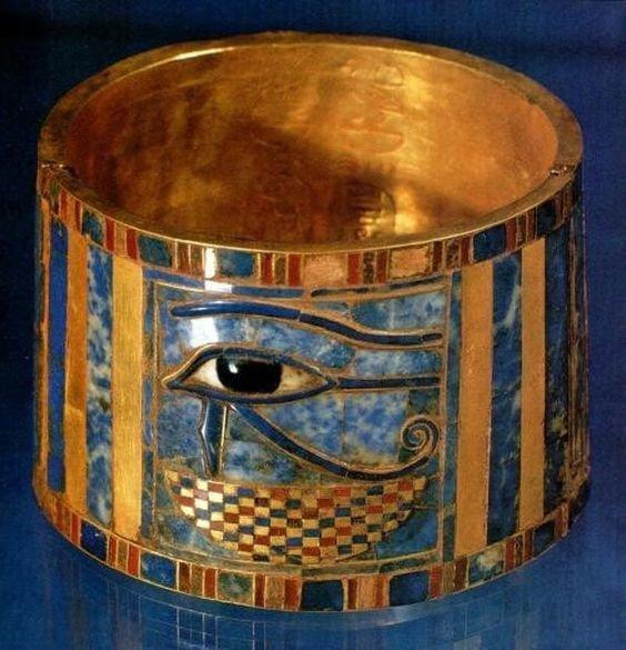 Браслет царицы Аххотеп Около 1530 до н. э. Золото, лазурит, сердолик, бирюза древний египет, искусство, красота, невероятное, удивительное, ювелирное