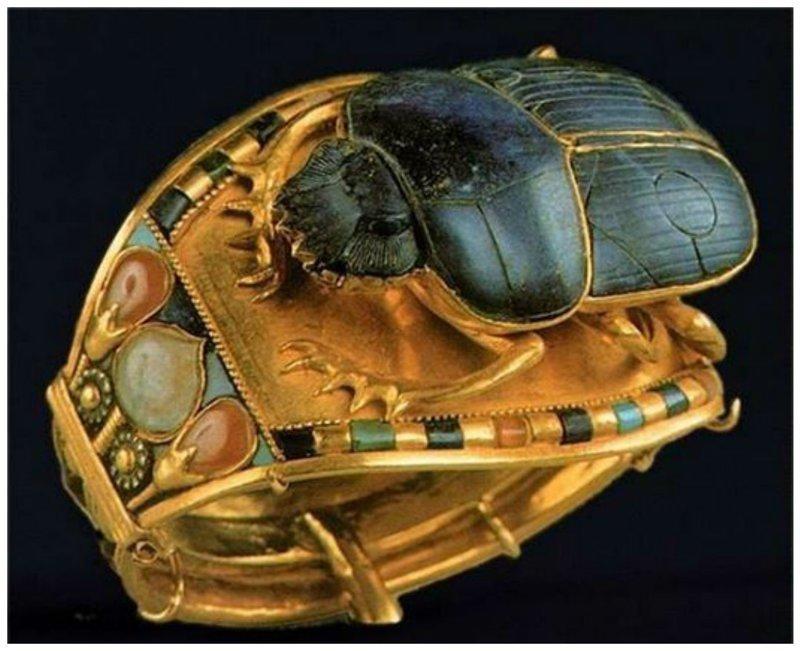 Золотое кольцо Тутанхамона со скарабеем древний египет, искусство, красота, невероятное, удивительное, ювелирное
