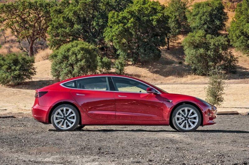 Установлена двухрычажная подвеска спереди и многорычажная сзади Model 3, Tesla model 3, tesla, авто, автомобили, тест-драйв, электрокар, электромобиль