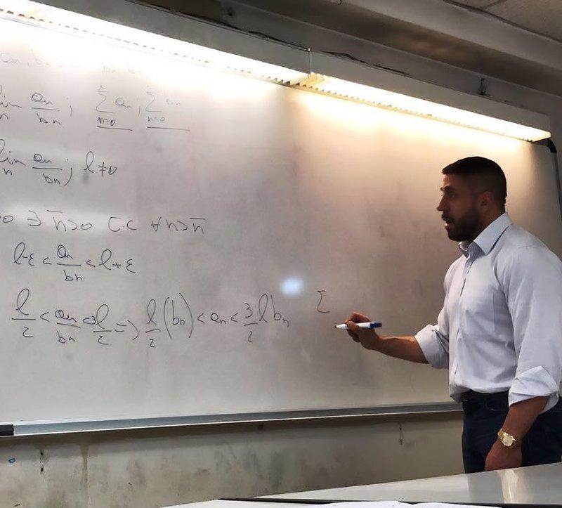 В итальянском профессоре математики узнали бывшую звезду гей-порно Нетрадиционная ориентация, гей, неожиданно, порно, порно-индустрия, учитель, фото