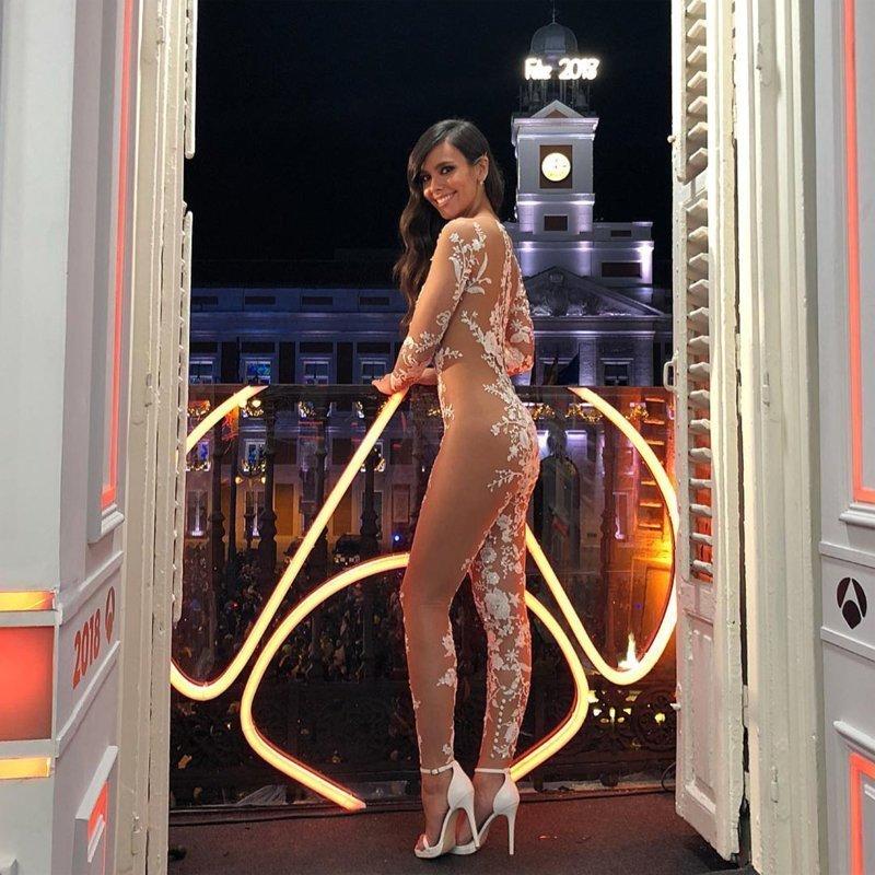 Испанская актриса Кристина Педроче облачилась в провокационную модель в канун Нового Года trend, комбинезон, мода, наряд, невеста, откровенность, свадьба