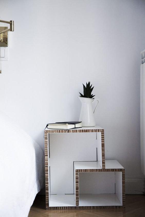 15. Дизайнеры активно используют гофкартон для создания инсталляций и даже мебели. Этот материал обладает кучей преимуществ: легкость, дешевизна идеи, интересно, мастер на все руки, своими руками, сделай сам, фото