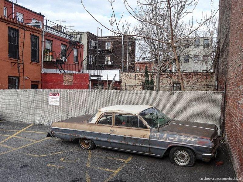 Брошенные автомобили на улицах Нью-Йорка америка, нью-йорк, олдтаймер, ретро авто, ретро автомобили, сша, фото, фотографии