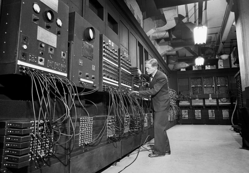 «Вес компьютеров в будущем не будет превышать 1,5 тонны» Microsoft, apple, интернет, история, компьютер, факты