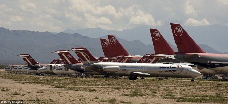 Последний Boeing 747 в США отправлен на кладбище самолетов авиация, боинг -747, боинг 747, боинг 777, кладбище самолетов, последний полет, самолеты, сша