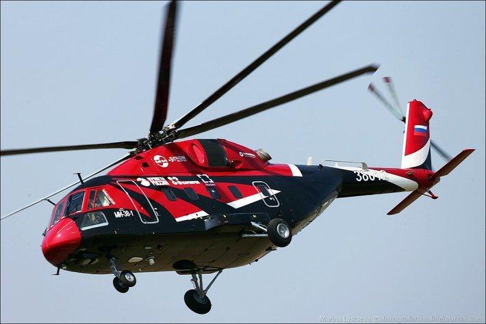 Ми-38 - средний многоцелевой вертолет. Занимает нишу между Ми-8 и Ми-26. Может использоваться как для перевозки пассажиров, так и грузов.  Вертолеты России, Ми-1, Ми-24, Ми-8, авиаконструктор Михаил Миль