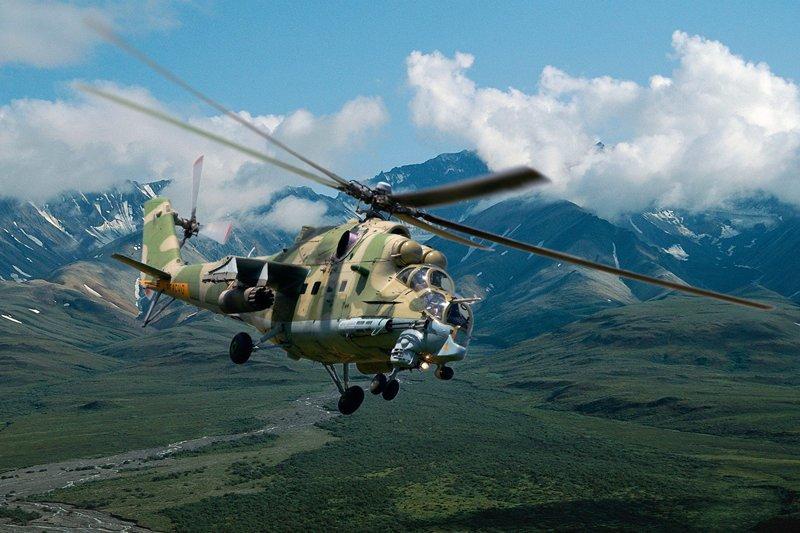 Ми-24 («Крокодил») - первый советский и самый массовый ударный вертолет в мире. Всего построено около 3500 таких машин. Создан для уничтожения бронетехники и живой силы противника.  Вертолеты России, Ми-1, Ми-24, Ми-8, авиаконструктор Михаил Миль