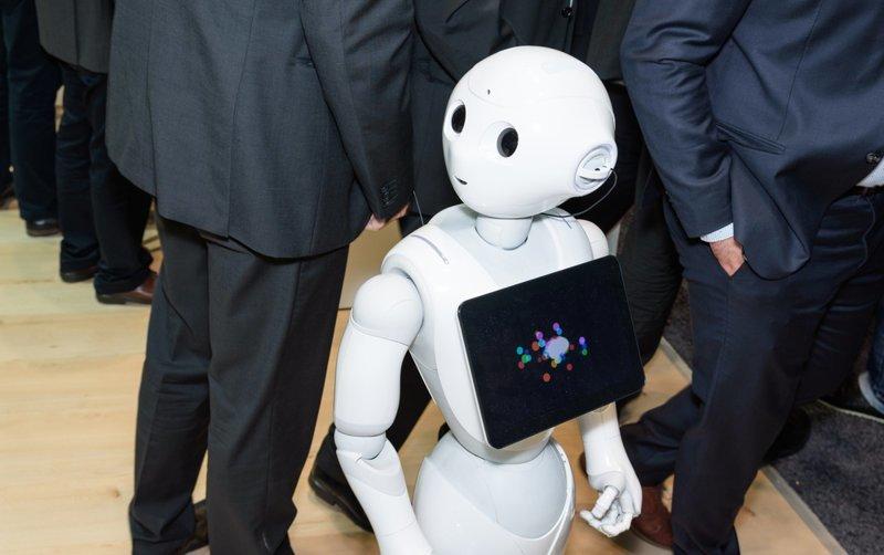 Первый робот-продавец быстро остался без работы ynews, испытание, новости, продавец, робот, юмор