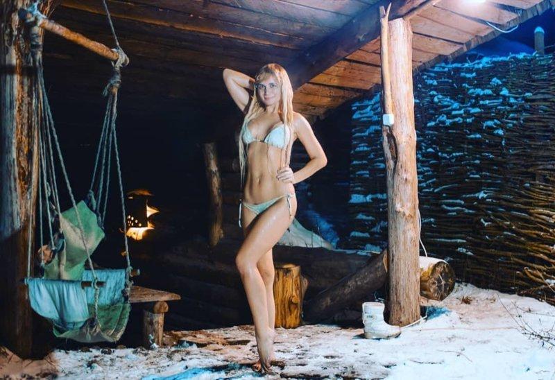 """""""Мисс крещенские купания 2018"""": голосование девушки, зима, красота, крещение, купание, мороз, обливание, прорубь"""