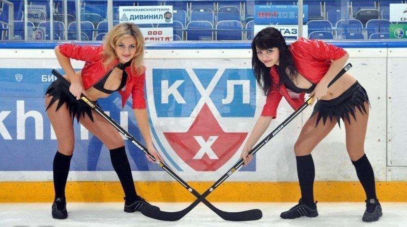 """Группа поддержки ХК """"Нефтехимик"""" ХКЛ, болельщицы, группа поддержки, красивые девушки, хоккей, черлидеры"""