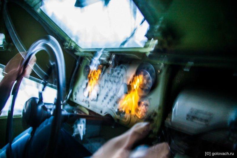 Ниже фотография которая отличное передаёт первые ощущения от езды в БТР-40. авто, броневик, внедорожник, военная техника, газ, тест-драйв