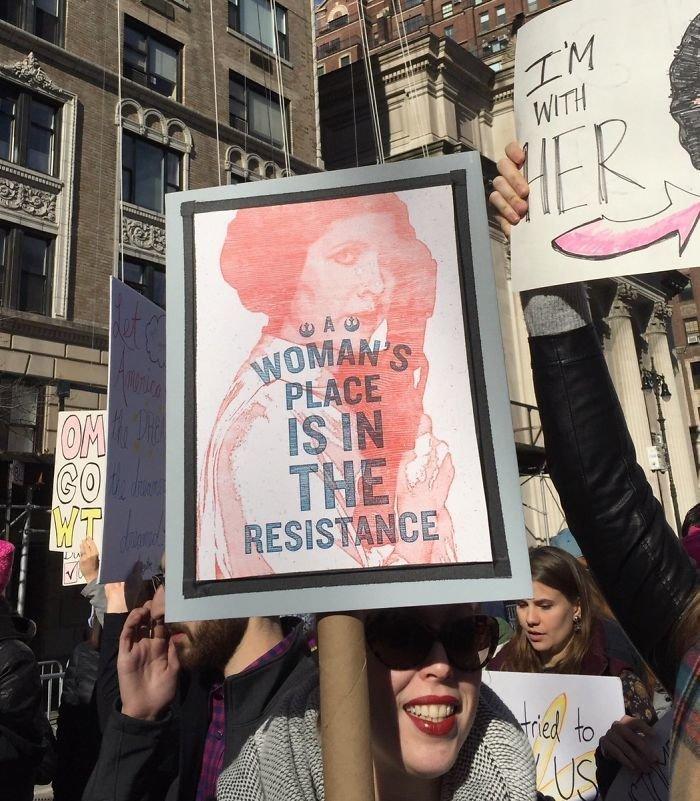 """""""Место женщины - в сопротивлении!"""" ynews, вашингтон, женский марш, наглядная агитация, новости, нью-йорк, оригинально, сша"""