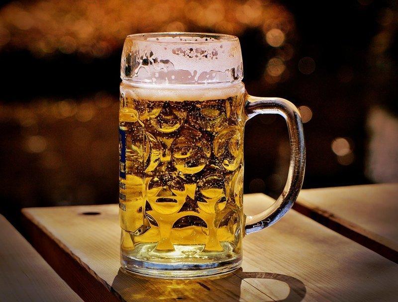 9. Пиво - это жидкое лекарство абсурдные теории и открытия, британские ученые, наука в массы, открытия