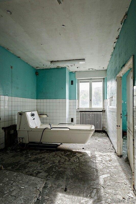 Заброшенная психбольница в Бристоле больницы, жутковато, заброшенные места, фото