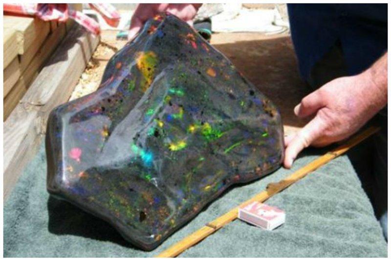 Еще опал - 55.000 карат драгоценности, камни, огромные, полудрагоценные, самые большие, факты