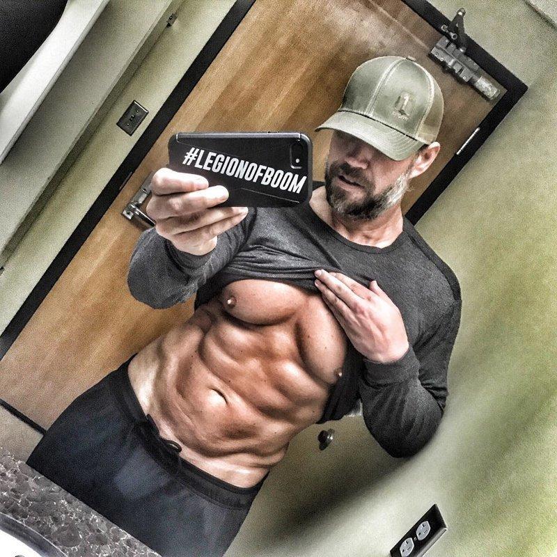 Мужчина рассказывает: мышцы, отец, похудение, спорт, тело, фигура