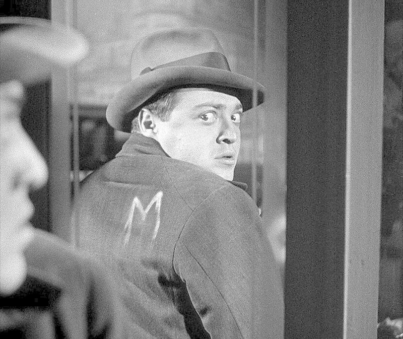 2. Ганс Бекерт (актёр: Петер Лорре), «М», 1931 porter, актеры, кино, люди, психопаты, фильм