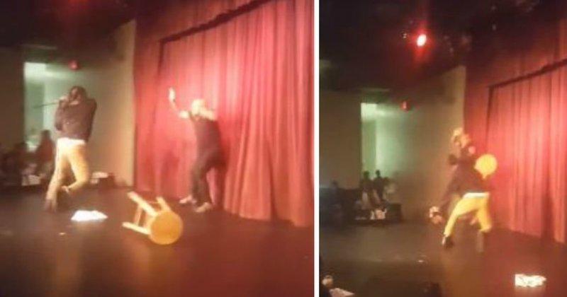 В США один из зрителей напал на комика прямо во время выступления в мире, видео, драка, инцидент, комик, сша, юмор