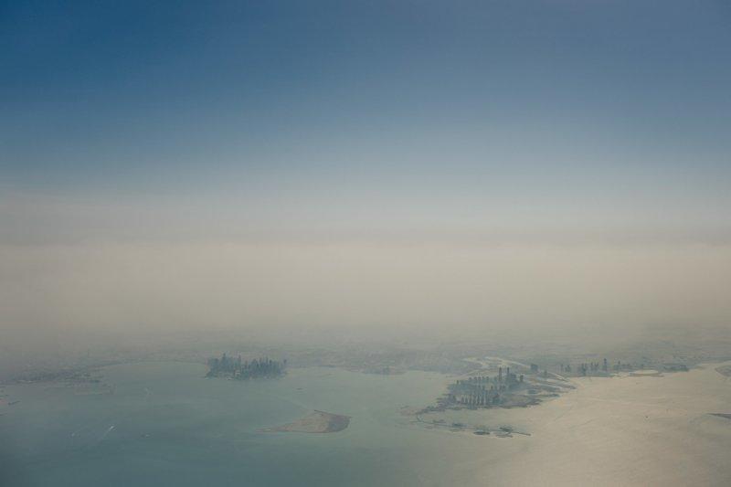 """Как сообщил эмир аль-Тани, Центробанк Катара обладает запасами в $340 млрд, и поэтому экономика страны """"готова ко всему"""". арабские страны, ближний восток, в мире, катар, кризис, политика, факты, фото"""
