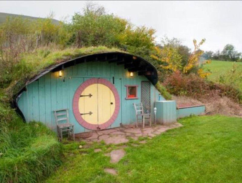 Домик Хоббита в Уэльсе - для тех, кто хочет пожить в маленьком, уютном и необычном жилище Airbnb, аренда, аренда жилья, великобритания, необычное жилье, необычные дома, путешествия, туризм