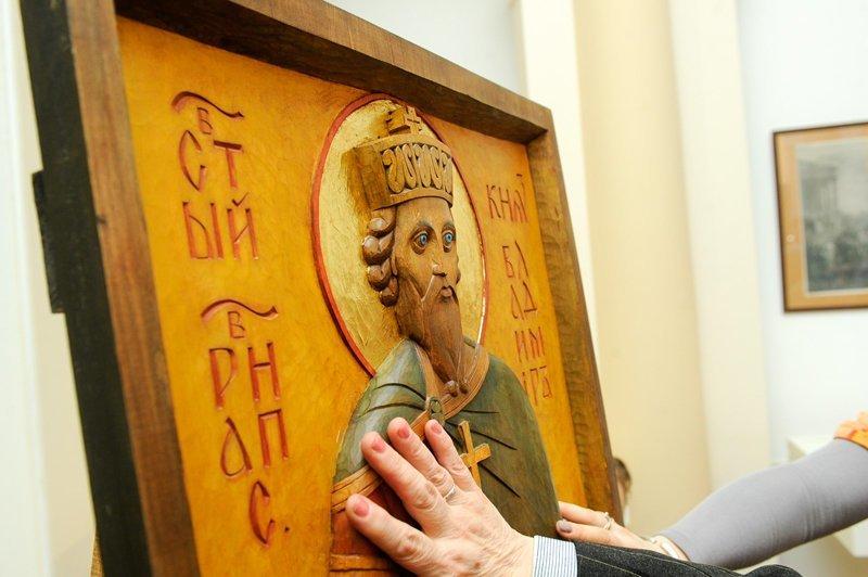 В российских церквях появляются иконы для ощупывания ynews, забота, иконы, интересное, милота, слабовидящие, церковь