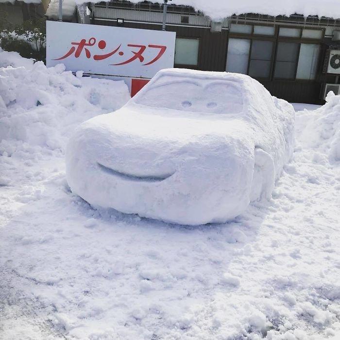 16. снег, снеговик, снеговик - в каждый двор, снеговики, снегопад, снежные, фигуры из снега, япония