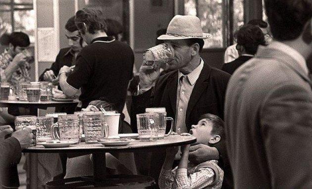 В пивнушки даже с детьми ходили СССР, алкоголь, интересное, напитки, пиво, советский союз