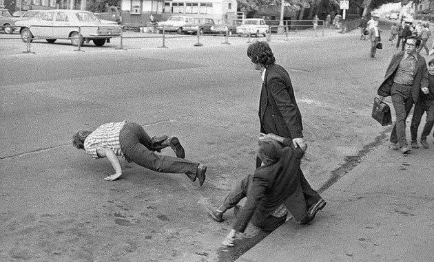 Но к сожалению многие пить не умели. И частенько у пивнушек происходили драки СССР, алкоголь, интересное, напитки, пиво, советский союз