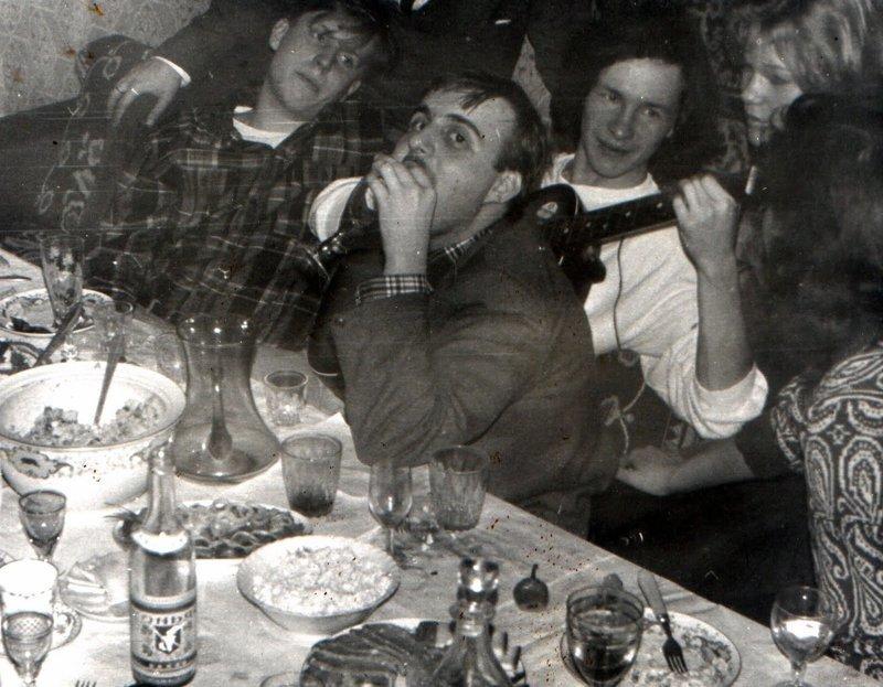 Во время застолья пили водку, и пили в больших количествах СССР, алкоголь, интересное, напитки, пиво, советский союз