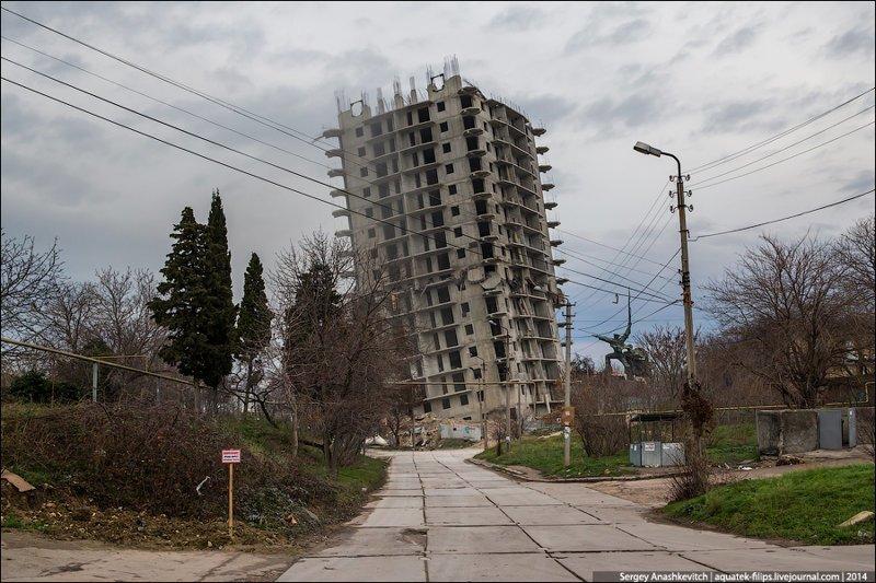 Наш ответ Пизанской башне — самые покосившиеся сооружения России город, пизанская башня, старые здания, эстетика, юмор