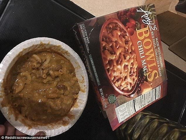 9. Такое ощущение, что эти макароны с соусом чили кто-то уже ел Reddit, доставка еды, еда, обломы, ожидание и реальноость, полный провал, разочарования, смешные картинки