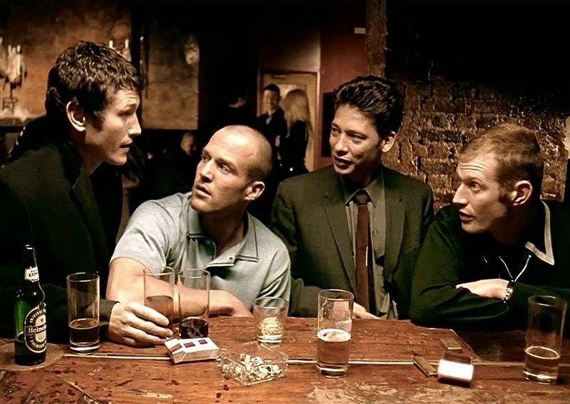 """""""Карты, деньги, два ствола"""". Как изменились актёры фильма за 20 лет """"Карты, актёры, два ствола), деньги, кино"""