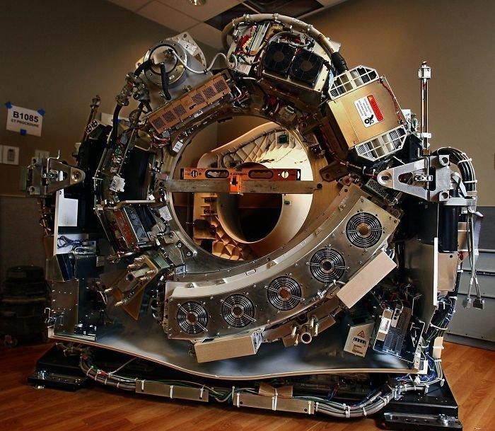 Аппарат компьютерной томографии без корпуса интересное, интересные фото, неожиданно, подборка, познавательно, редкие фото, секреты, фото