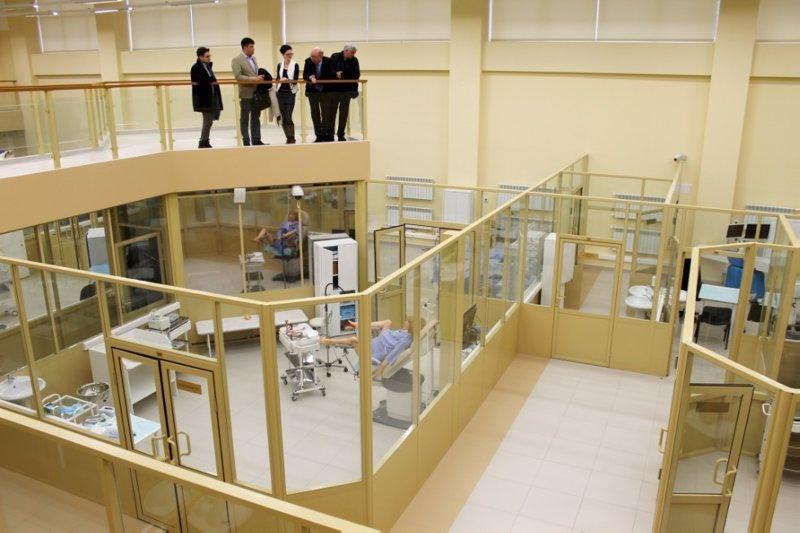 Дело происходило в Казанском федеральном университете, где ему были продемонстрированы достижения медкластера КФУ интересное, новости, присутствовал, путин, роды, сенсация, фото