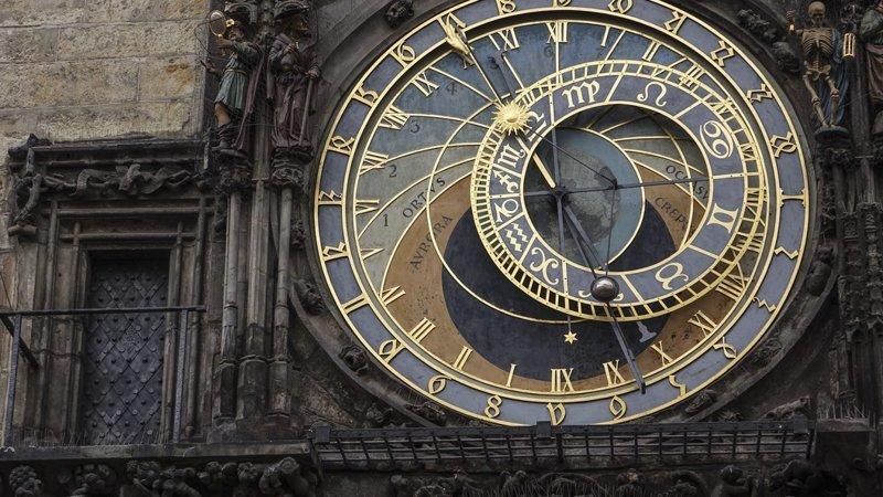 """Все врут календари: 100 лет назад Россия начала жить по """"новому стилю"""" Стиль, григорианский, декрет, иды, календарь, цезарь, юлианский"""