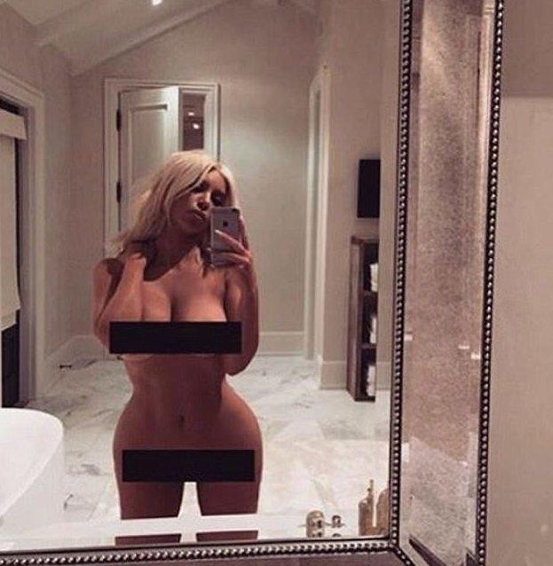 Ким Кардашьян показала все, что скрыто КИМ КАРДАШЬЯН, Канье Уэст, Чикаго Уэст, звезды, звезды не смущаются, знаменитости, откровенное селфи, семейка Кардашьян