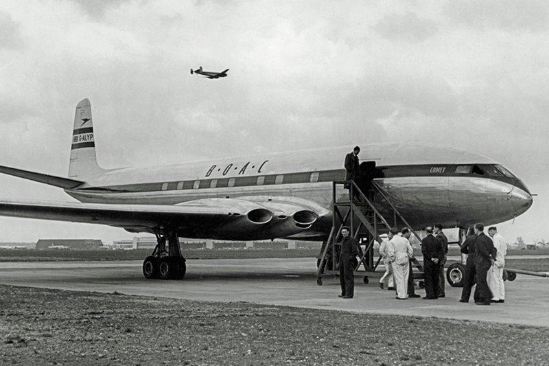 Почему окна и двери в самолете закругленные авиация, история, полет