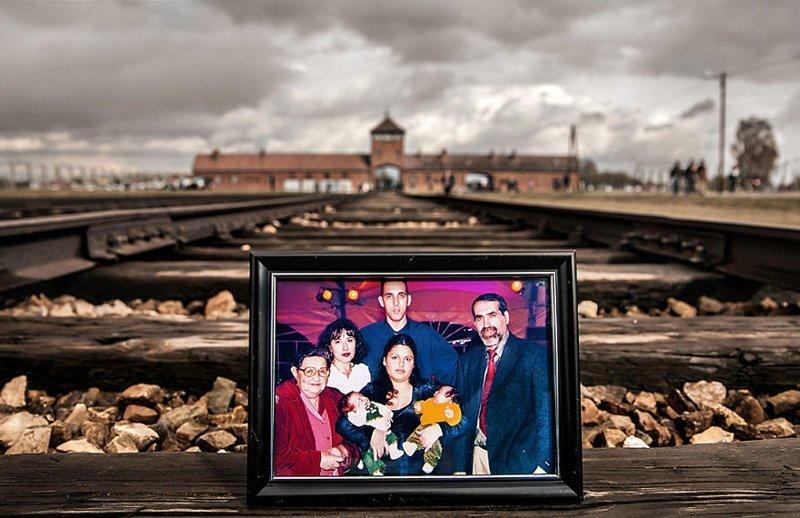 Мириам Шарир (слева) и 2-е, 3-е, 4-е поколения ее семьи выжившая, день памяти, освенцим, память жива, поколения, семья, фотопроект, холокост