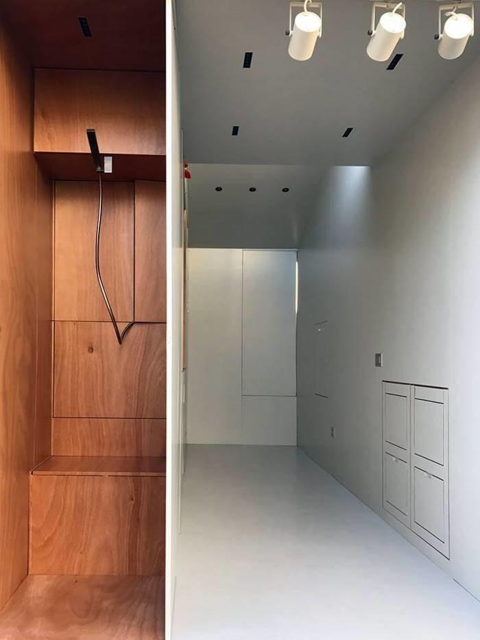 И даже санузел, в котором есть роскошный душ в мире, дом, креатив, мебель, недвижимость