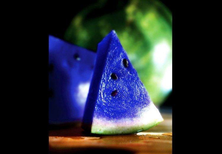 Синий арбуз - один из самых дорогих плодов Японии газетные утки, дутые сенсации, истории, непроверенные факты, фальшивки, фальшивые новости, фото, фотограии