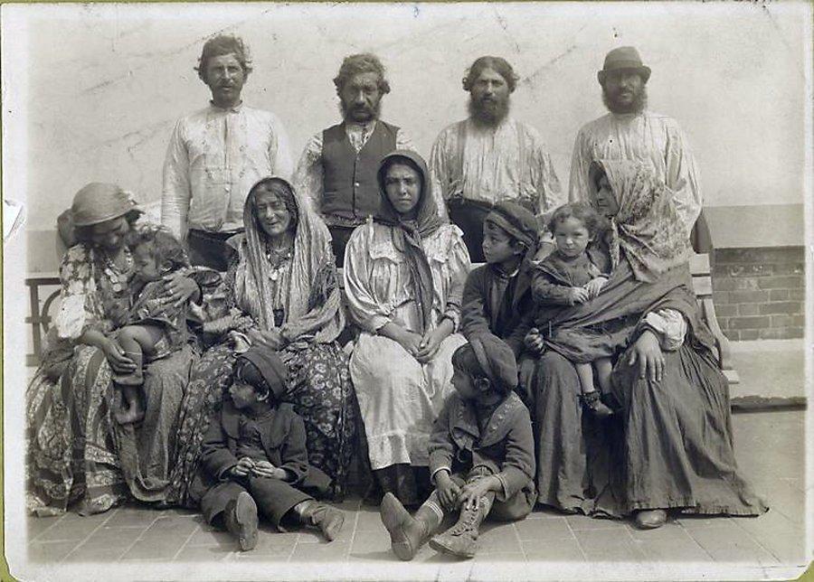 старые фото цыган борьба