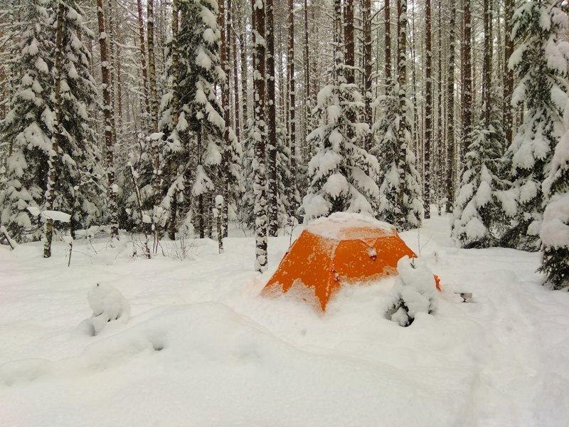 """Больше всего """"повезло"""" любителям отдыха на природе зима, казань, москва, погода, прикол, санкт- петербург, снег, юмор"""